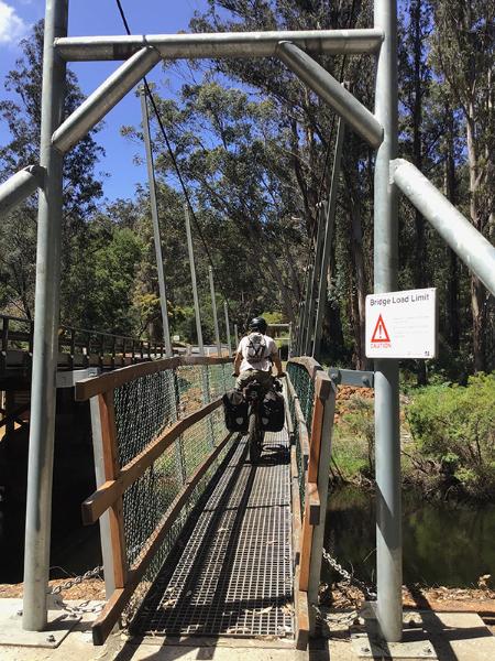 One Tree Bridge, ponte su Glenoran Pool